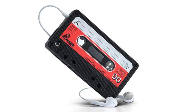 чехол-в-виде-кассеты