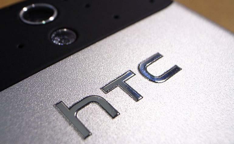 HTC_Desire_200_Desire_600_00