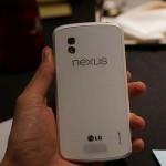 Google Nexus 4 в белом