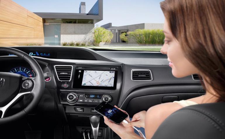 Honda интегрирует Civic  с iPhone