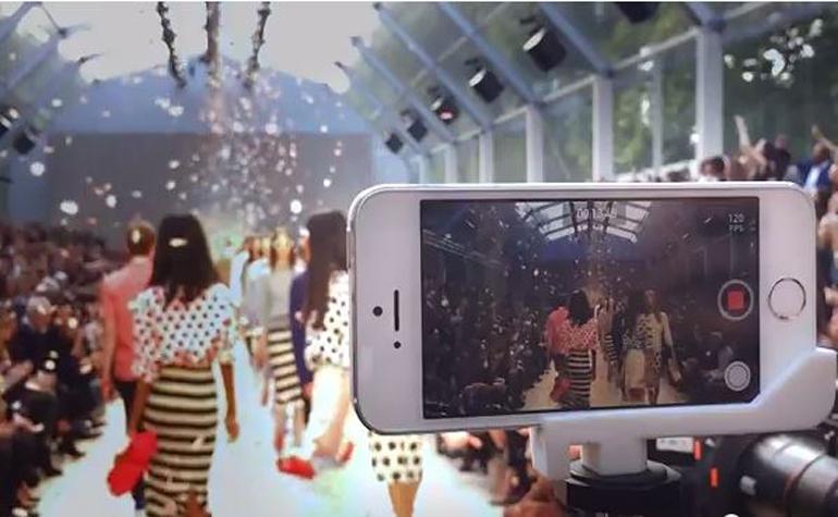 Apple выложила видео с модного показа Burberry