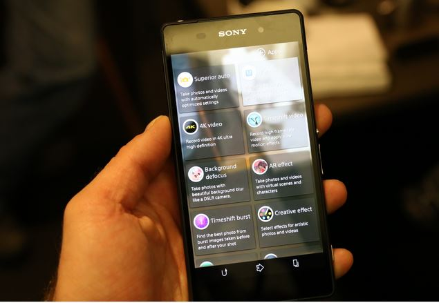 Sony Xperia Z2 появится в США в последнюю очередь