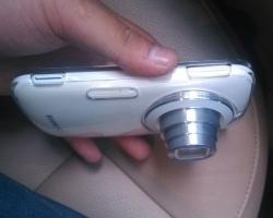 Samsung Galaxy K Zoom на живых фотографиях