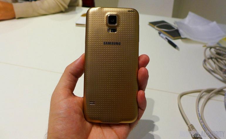 Золотой Galaxy S5 выходит 30 мая