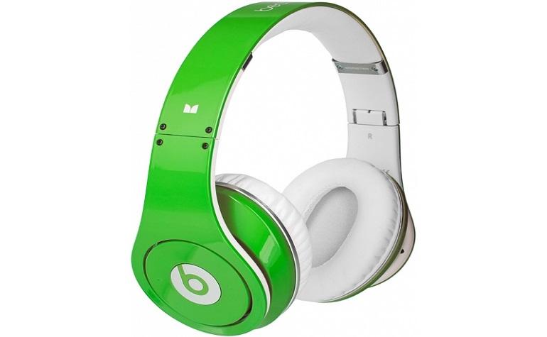 Apple купила наушники Beats за $3 млрд