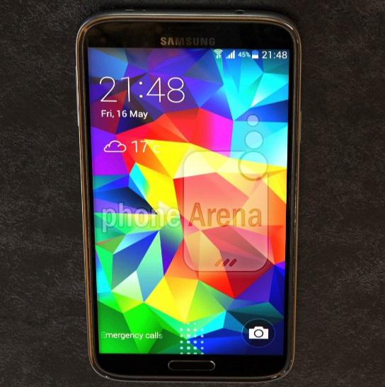 Появились фото Galaxy S5 Prime