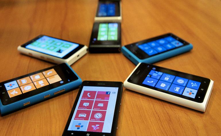 Microsoft отказывается от Windows Phone 7.8