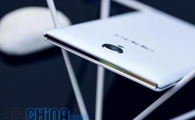 Новый смартфон Oppo U3