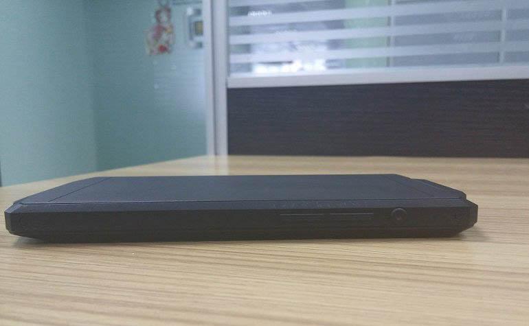 смартфон Oukitel с аккумулятором на 10000 мАч