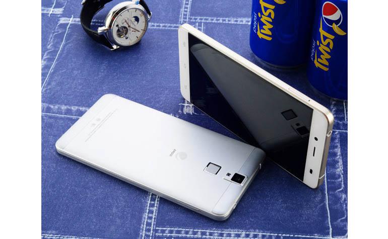 Смартфон от Pepsi - Pepsi Phone P1