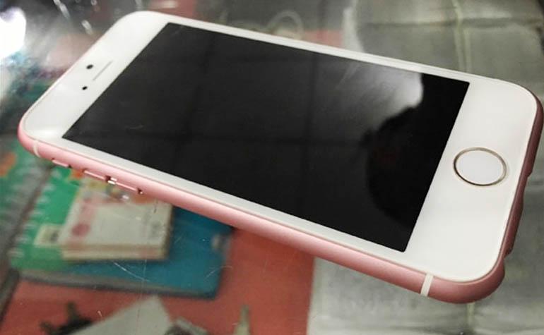 iPhone с 4 дюймовым экраном в стиле iPhone 6s