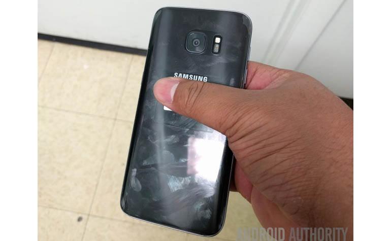 Фотографии неанонсированного Samsung Galaxy S7