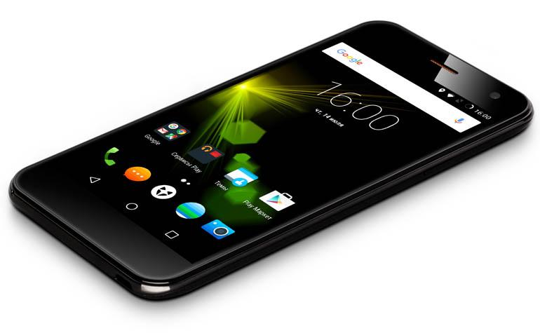 смартфон Wileyfox Spark+ появился в России