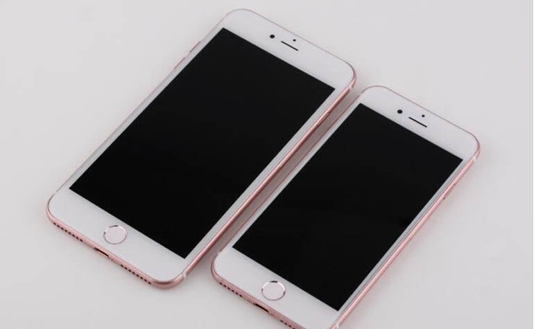 iPhone 7 в розовом цвете